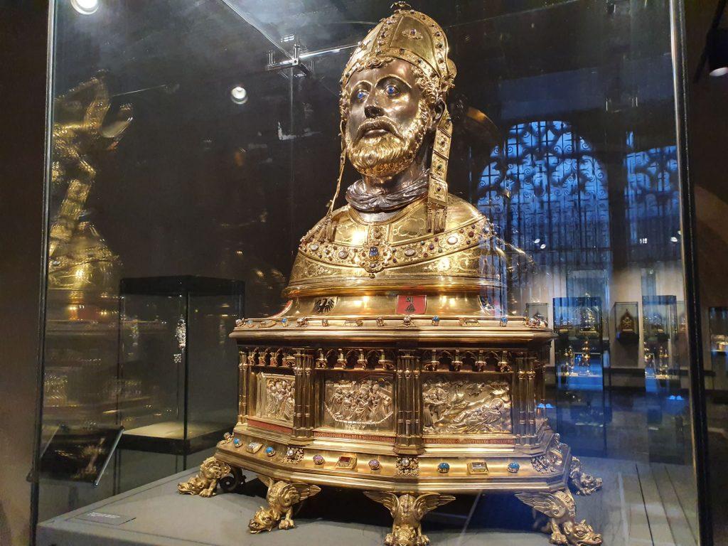 Saint Servatius Bust