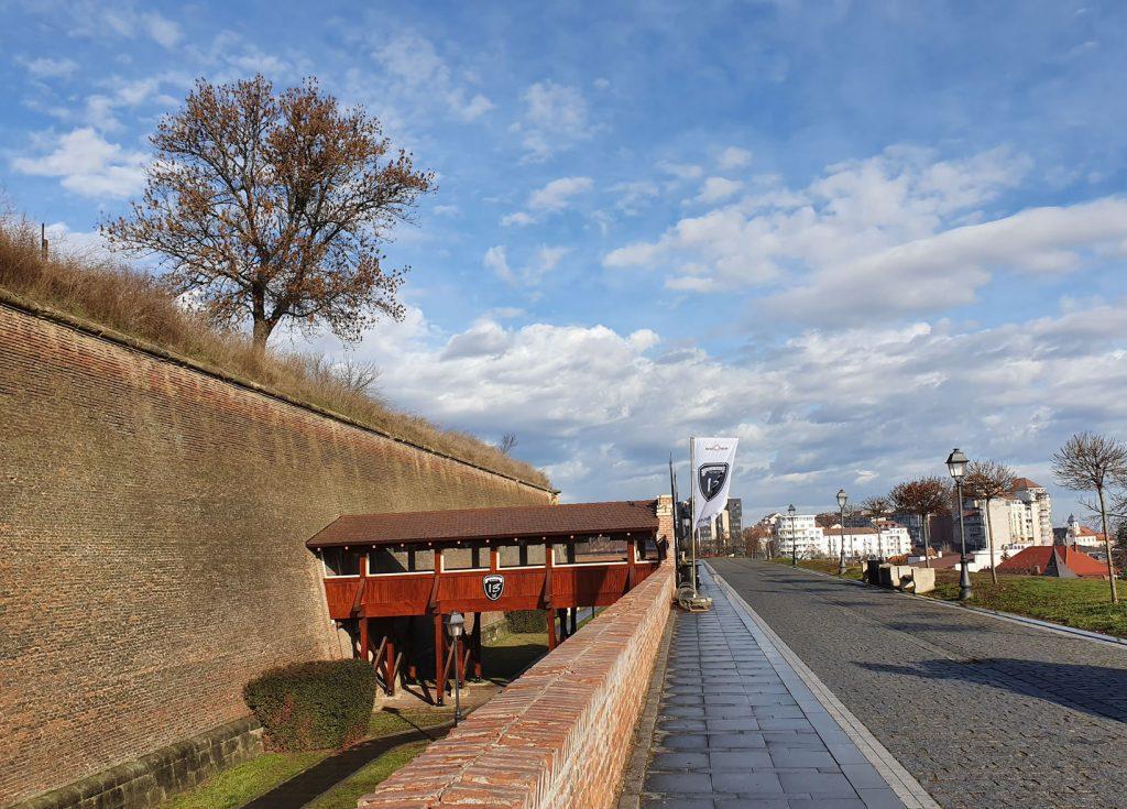 Pub13 on the citadel walls