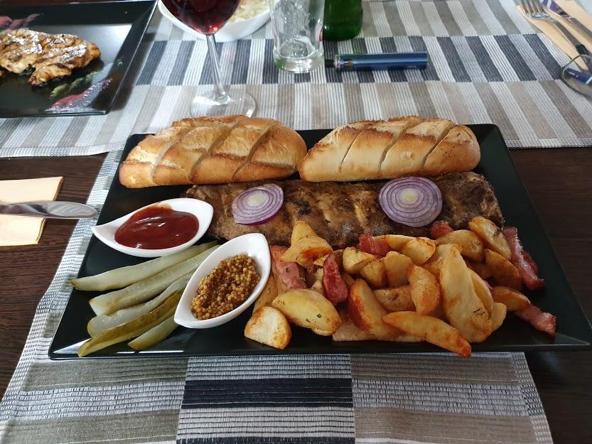 Ribs at Restaurant Castelo