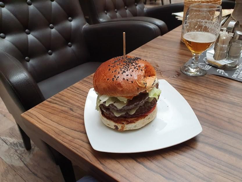Linos Burger